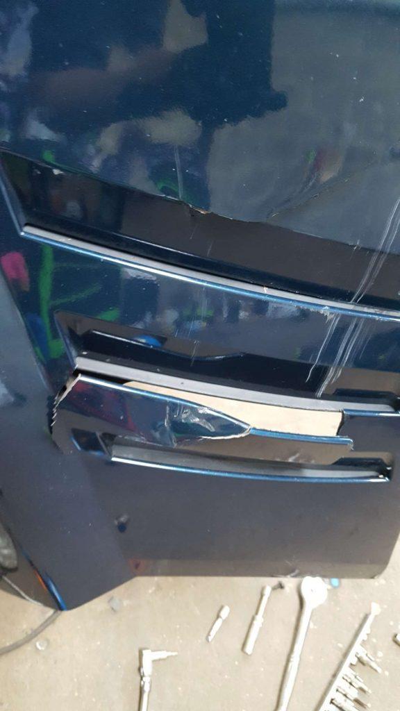 Crack and split repair on car near me - before